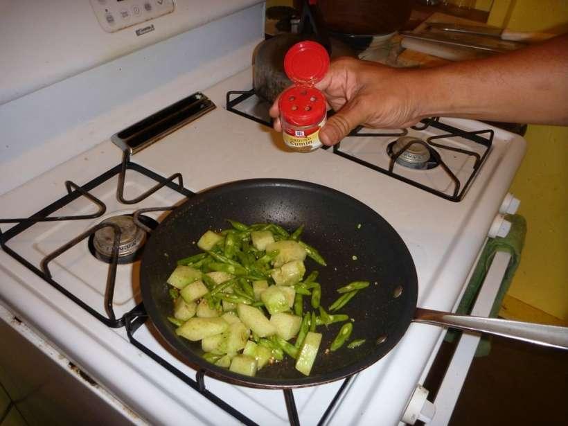 seasoned veggies cumin