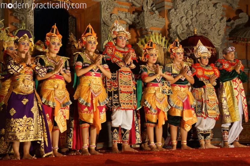 Legong-Dance-Ubud-Bali-Indonesia-008-imp