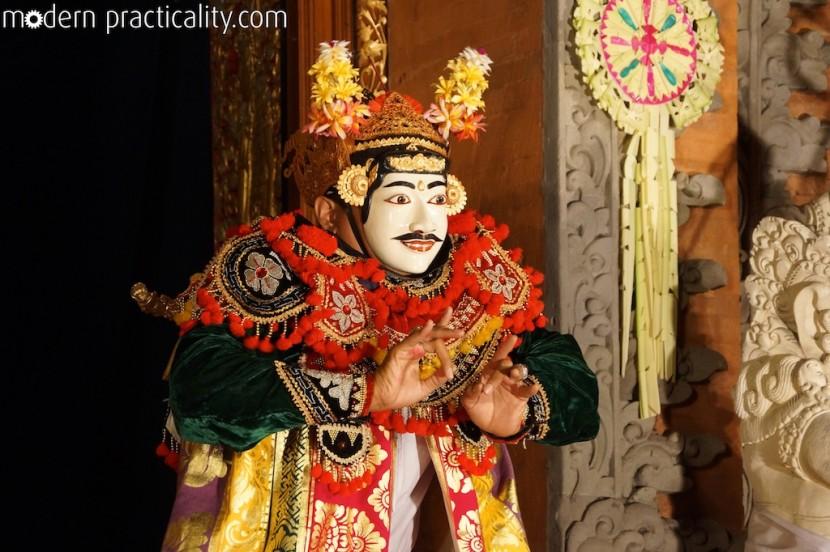 Legong-Dance-Ubud-Bali-Indonesia-004-imp