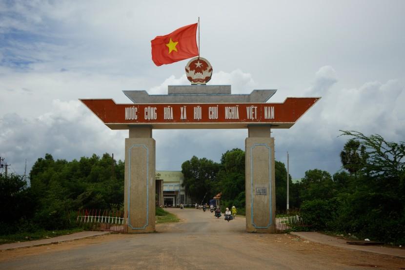 Kep-Cambodia-to-Ha-Tien-Vietnam-213